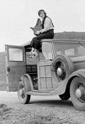Dorothea Lange in 1936, during her work for the FSA.